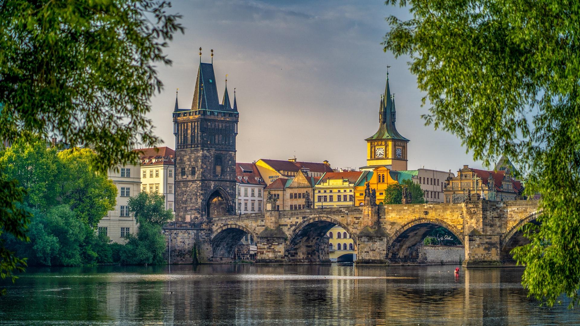 Предколедна Прага – самолетна екскурзия